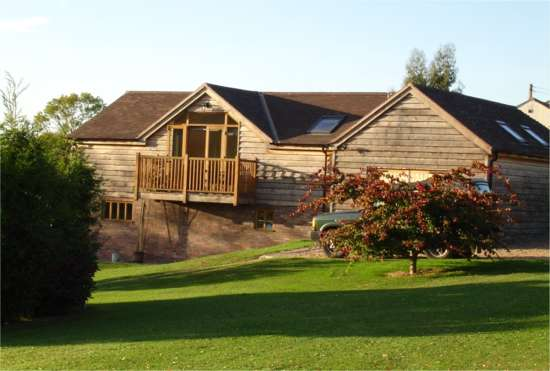 Stay at Noahs's Barn and explore Stratford upon Avon, Malvern Hills and the Cotswolds